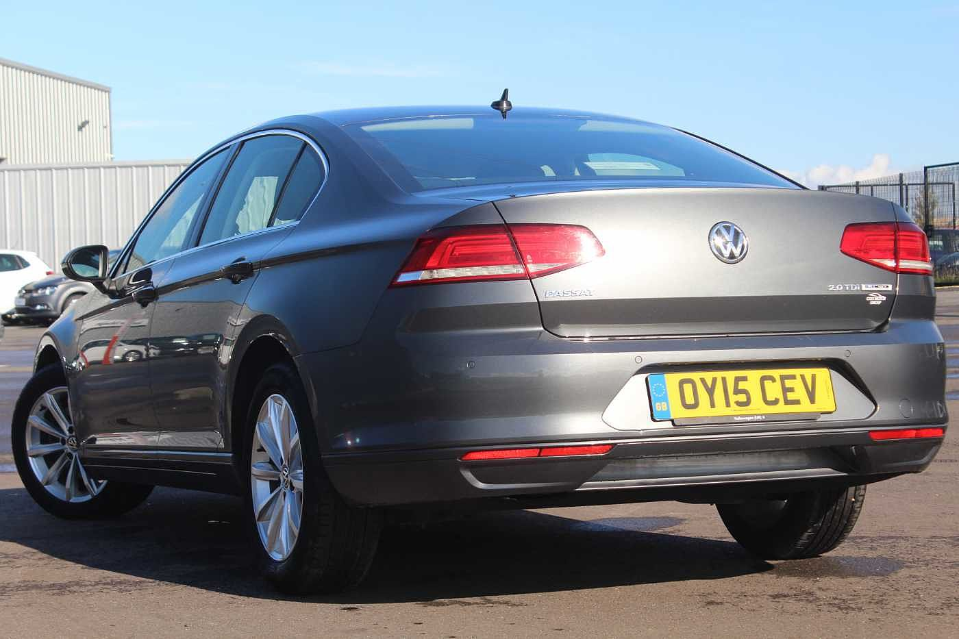 Volkswagen Passat 2.0 TDI SE Business (150 PS) DSG