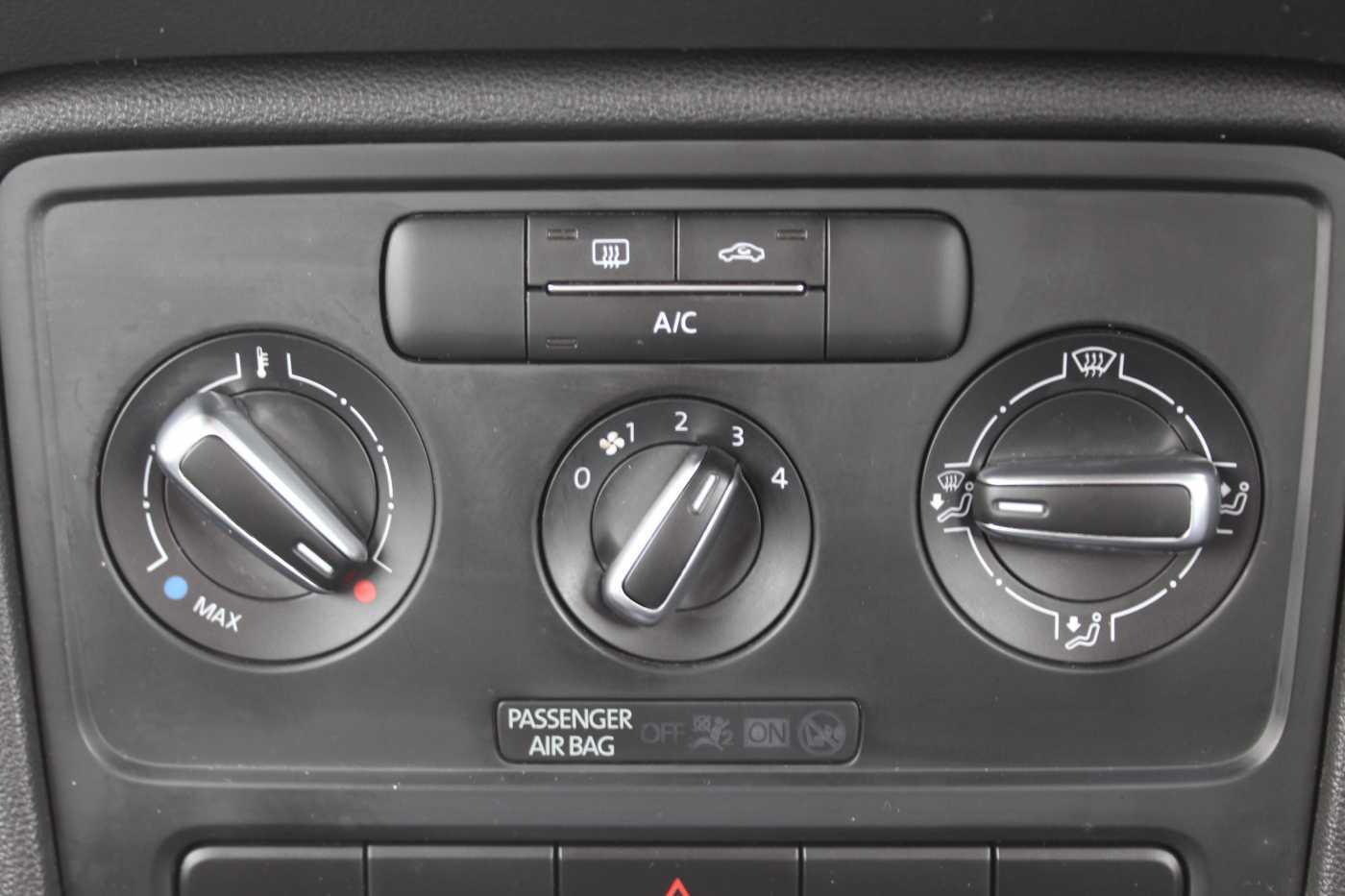 Volkswagen Beetle Design 2.0 TDI (140 PS)