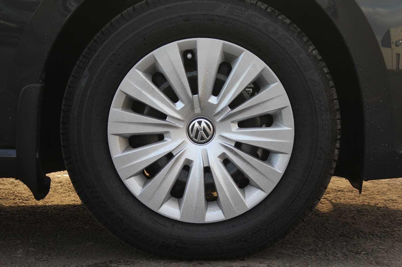 Volkswagen Golf Sv Diesel Hatchback Images