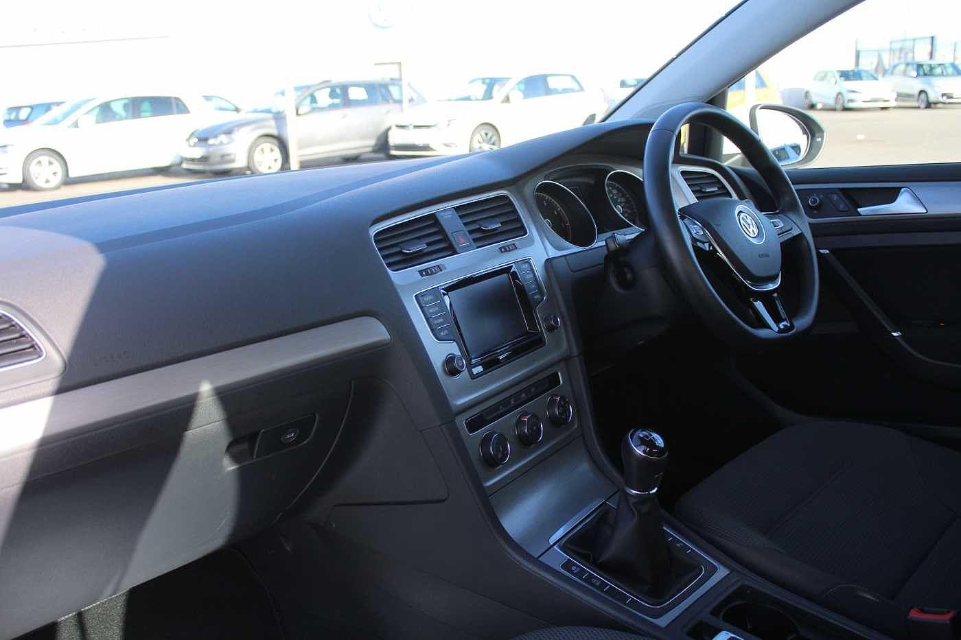 Volkswagen Golf 1.4 TSI SE 122PS 5Dr