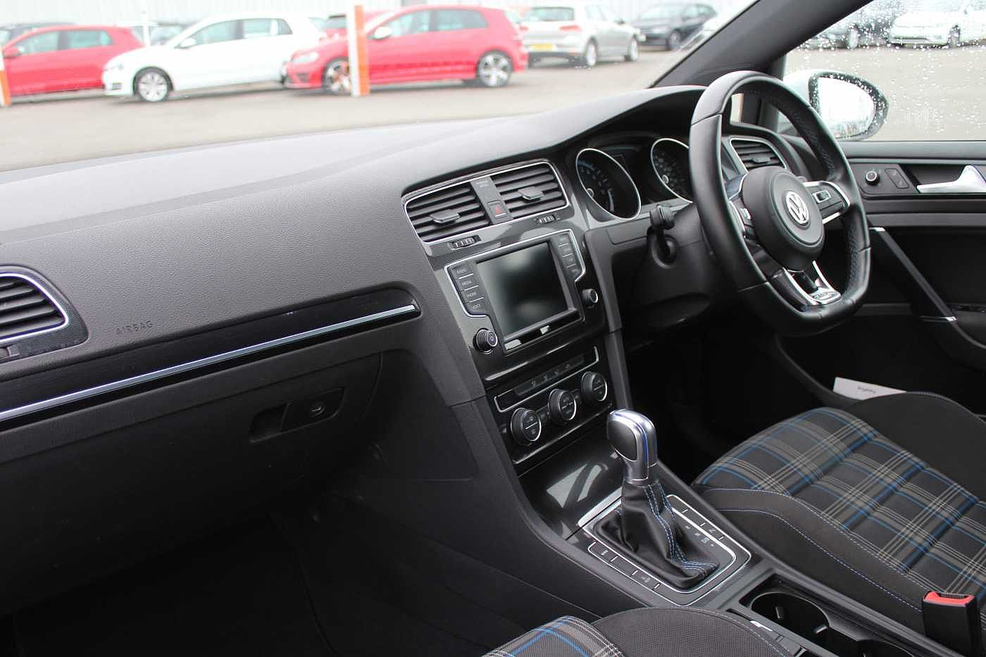 Volkswagen Golf 1.4 TSI PHEV GTE 204PS DSG Hatchback 5Dr
