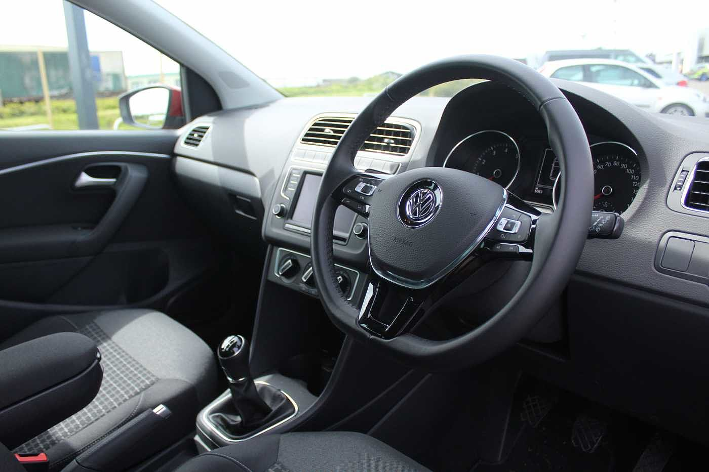 Volkswagen Polo 1.2 TSI SEL 110PS 5Dr