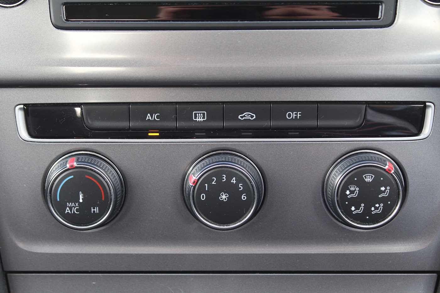 Volkswagen Golf 1.2 TSI S 85PS 5Dr