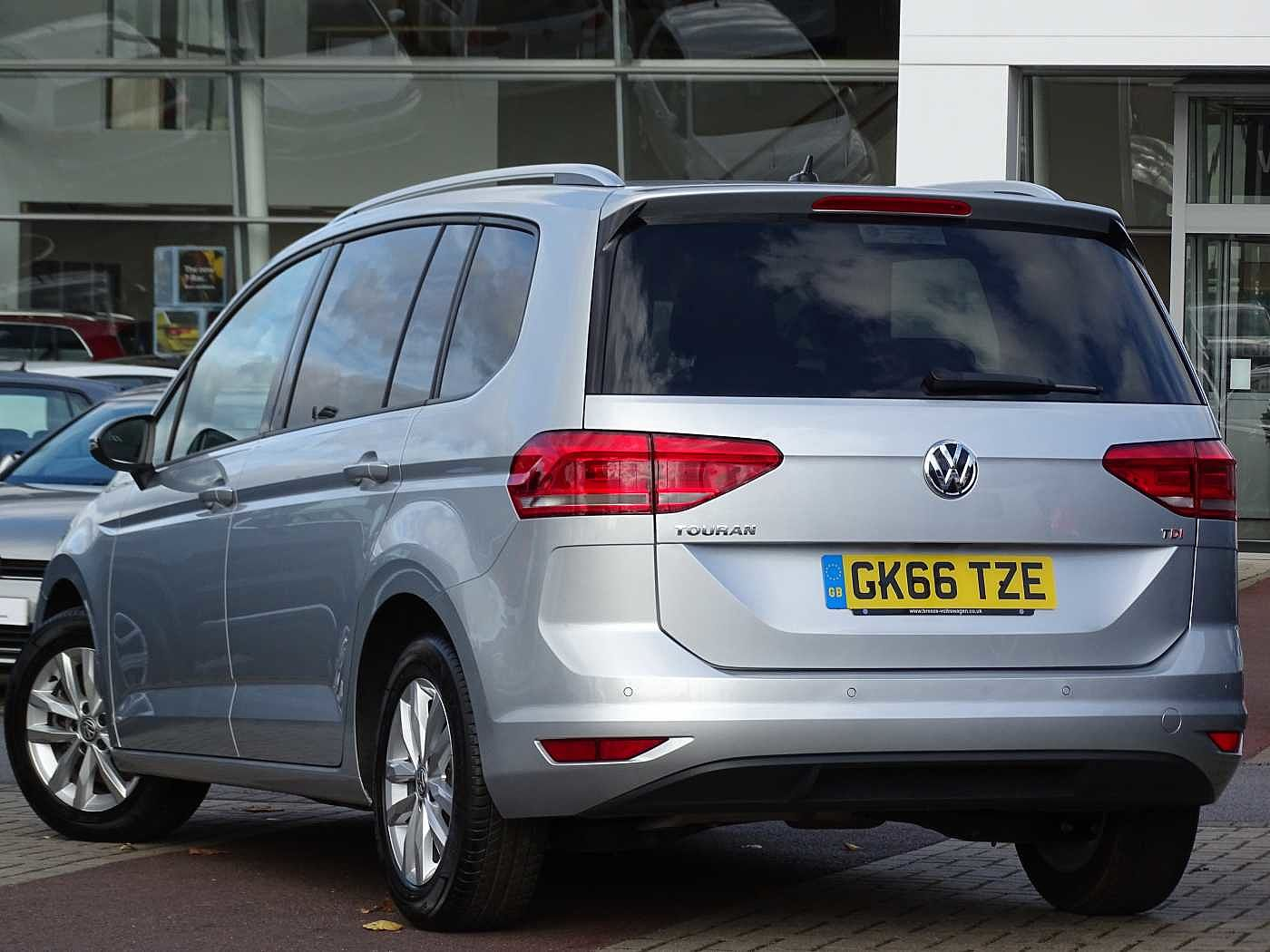 Touran 1.6 TDI SE BMT SCR (115PS) DSG | Bournemouth & Poole | Breeze VW