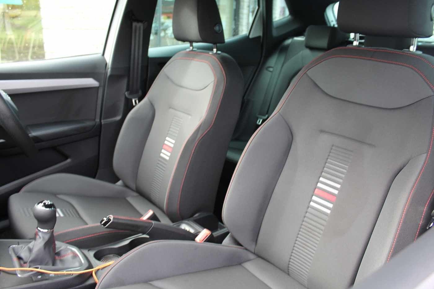 SEAT Ibiza Images
